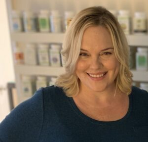 Cassandra Nelson, Acupuncturist